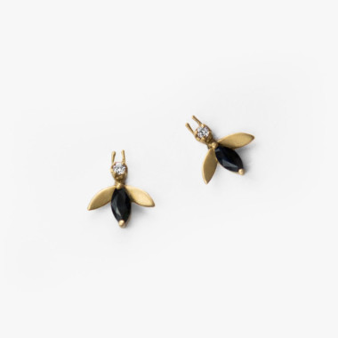 The Matte Fly Earrings | Paola van der Hulst