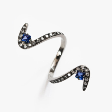 Sapphire-S-Ring-Paola-van-der-Hulst