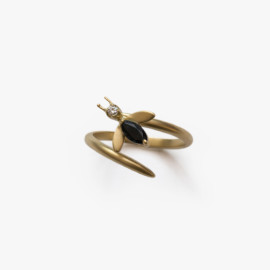 The-Matte-Fly-Ring-Paola-van-der-Hulst