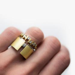 Vacuum-Stackable-Rings-2-Paola-van-der-Hulst