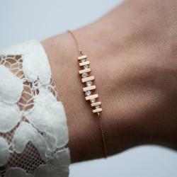 Floating Diamond Bracelet by Paola van der Hulst