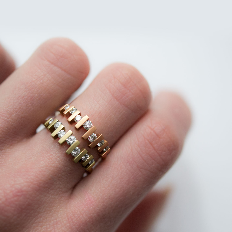 diamond floating ring swinging