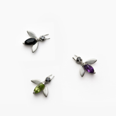 Sterling-Silver-Fly-Studs-by-Paola-van-der-Hulst